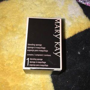Mary Kay blending sponge new in box